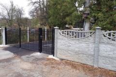 Oprava plotu v cintoríne - august 2019